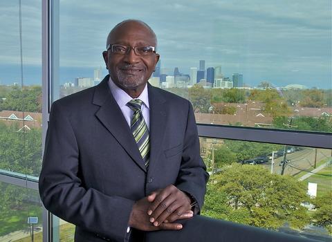 Dr. Robert Bullard headshot