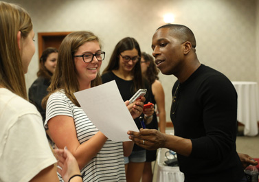 Leslie Odom Jr. talks with DePauw student journalists; Sept. 20, 2016.