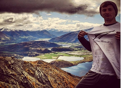 Eric Steele '15 studying abroad in New Zealand