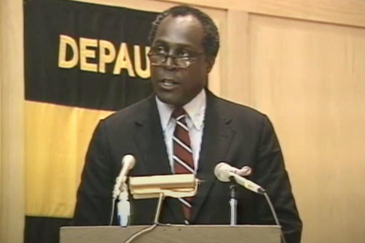 Vernon Jordan '57 speaking at a podium