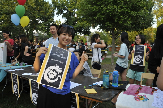 DePauw China Connection at the Student Organization Activities Fair.