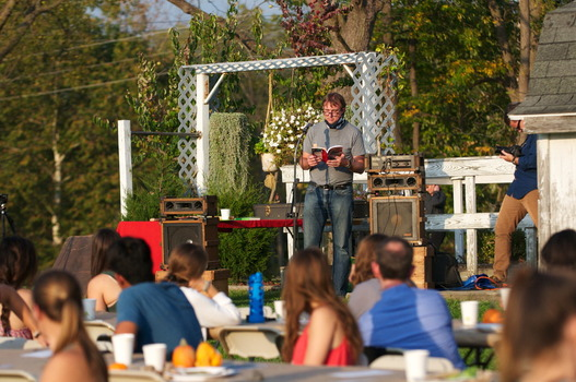 Joe Heithaus reads poetry at the annual Campus Farm Dinner