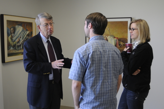 Robert Bottoms talking to two participants at the 2009 Undergraduate Ethics Symposium