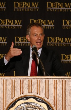 Former British Prime Minister Tony Blair speaks at DePauw.