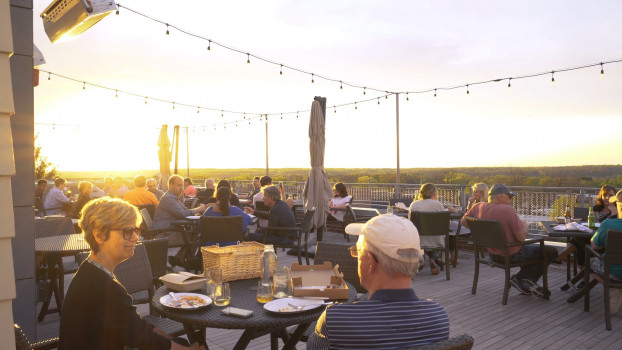 Bridges Craft Pizza and Wine Bar Rooftop
