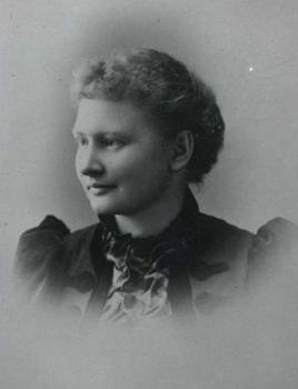 1906—Mildred Rutledge begins career at DePauw