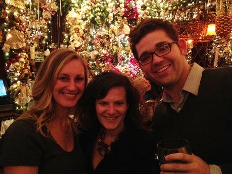 New York alumni enjoying a holiday meet and greet.