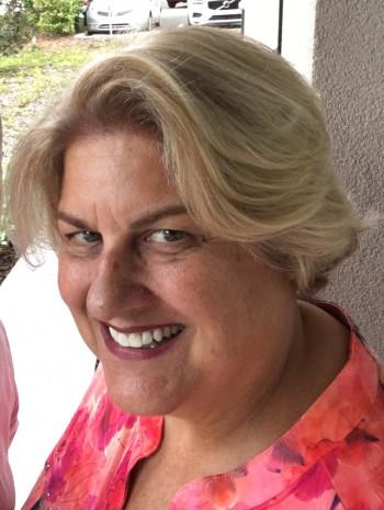 Pamela Coburn headshot