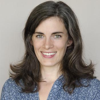 Art history professor Sarah Cowan headshot