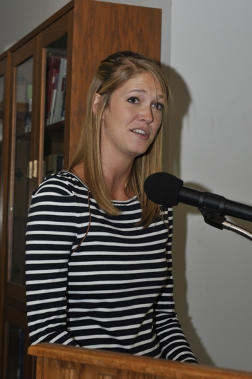 Rachel German sharing experiences during the 2011 Psychological Science Convention