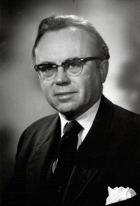 「russell kirk」の画像検索結果