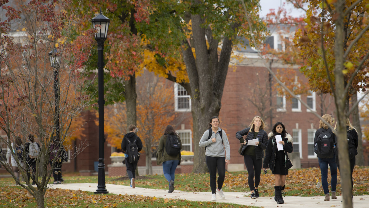 Felix Yau '01 coaches youths to apply to DePauw – and classmates to support it