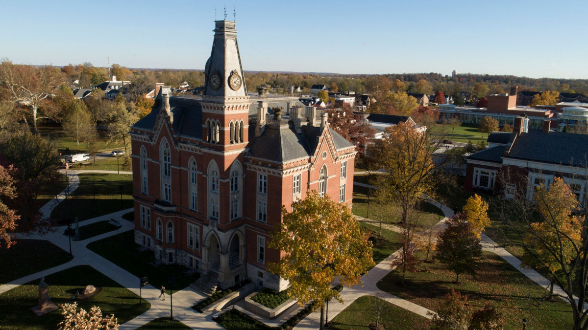 Awards: DePauw faculty and staff members honored for teaching, scholarship, student support
