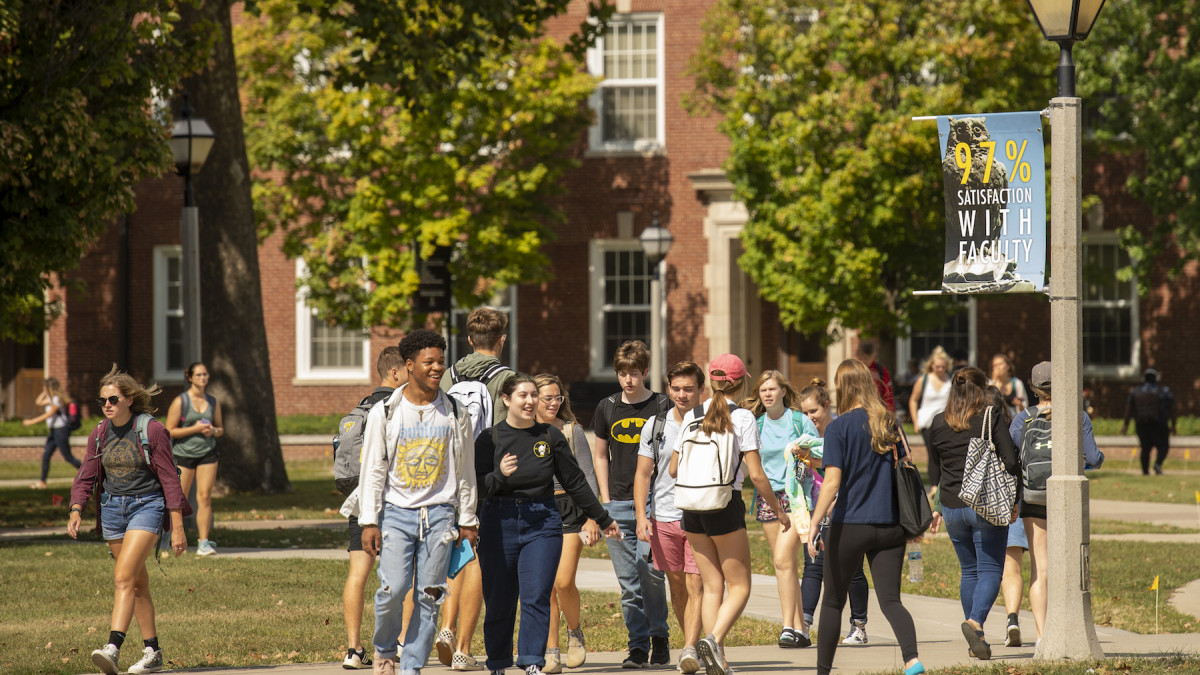 "Anita Deckard '69 makes a ""pay it forward"" commitment to DePauw students"