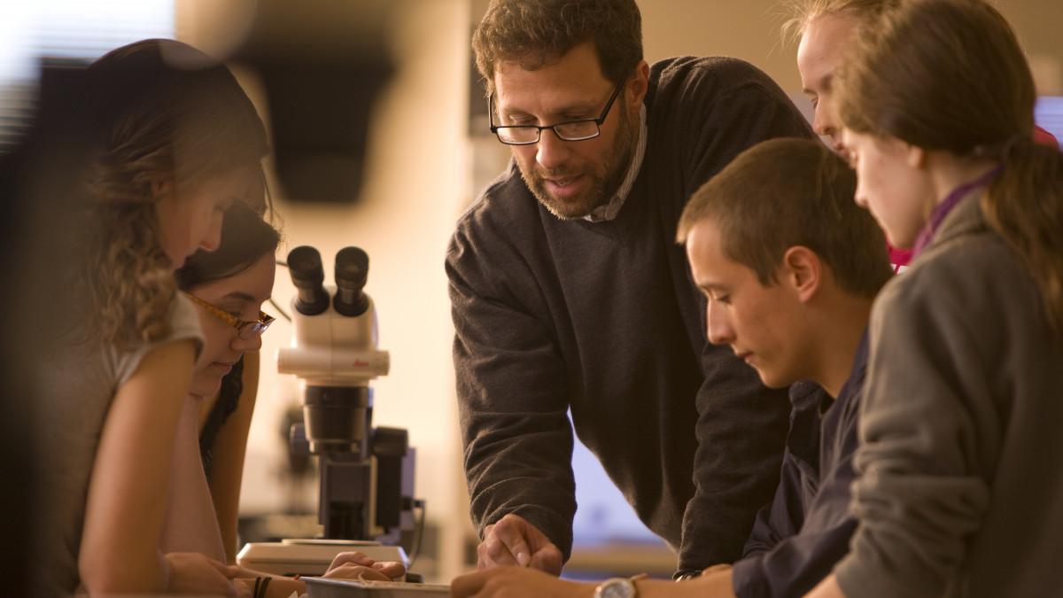 Jay Hosler teaches students