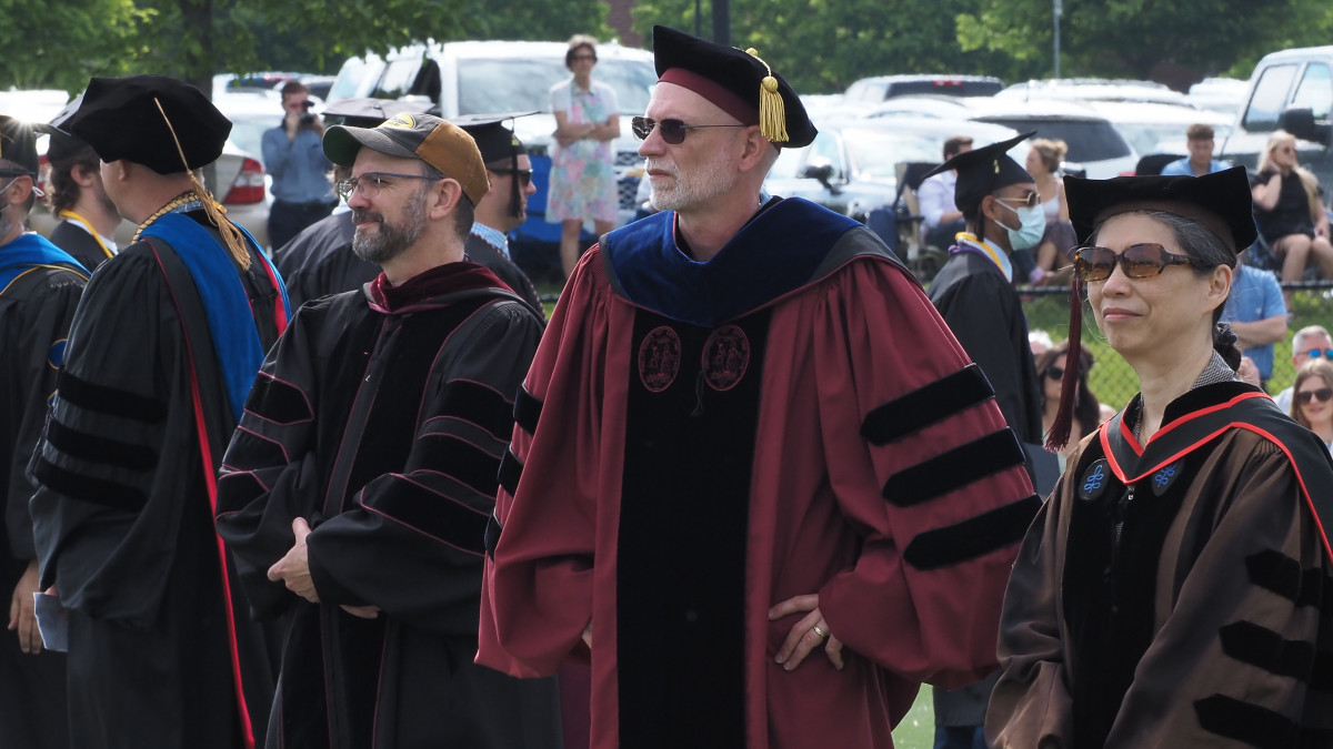 Faculty and staff news roundup - May 25, 2021
