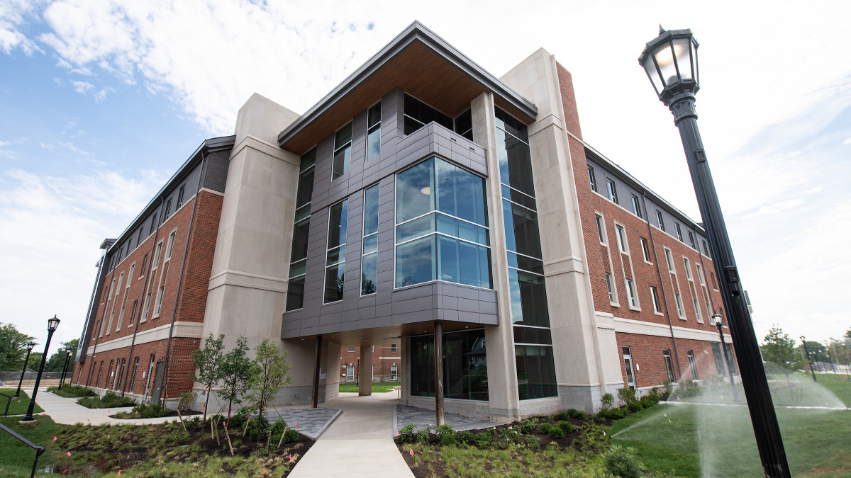 Residence hall name, scholarship program to honor Vernon Jordan '57