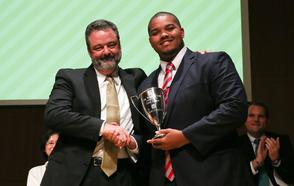 Craig Carter '16 Receives DePauw's Walker Cup