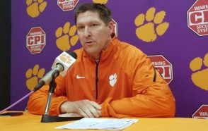 Brad Brownell '91 of Clemson is Sports Illustrated's 'National Coach of the Year'