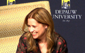 f14b90d2033ee Actor & Author Jenna Fischer Offers Life Advice and Tales from The Office  in Ubben Lecture