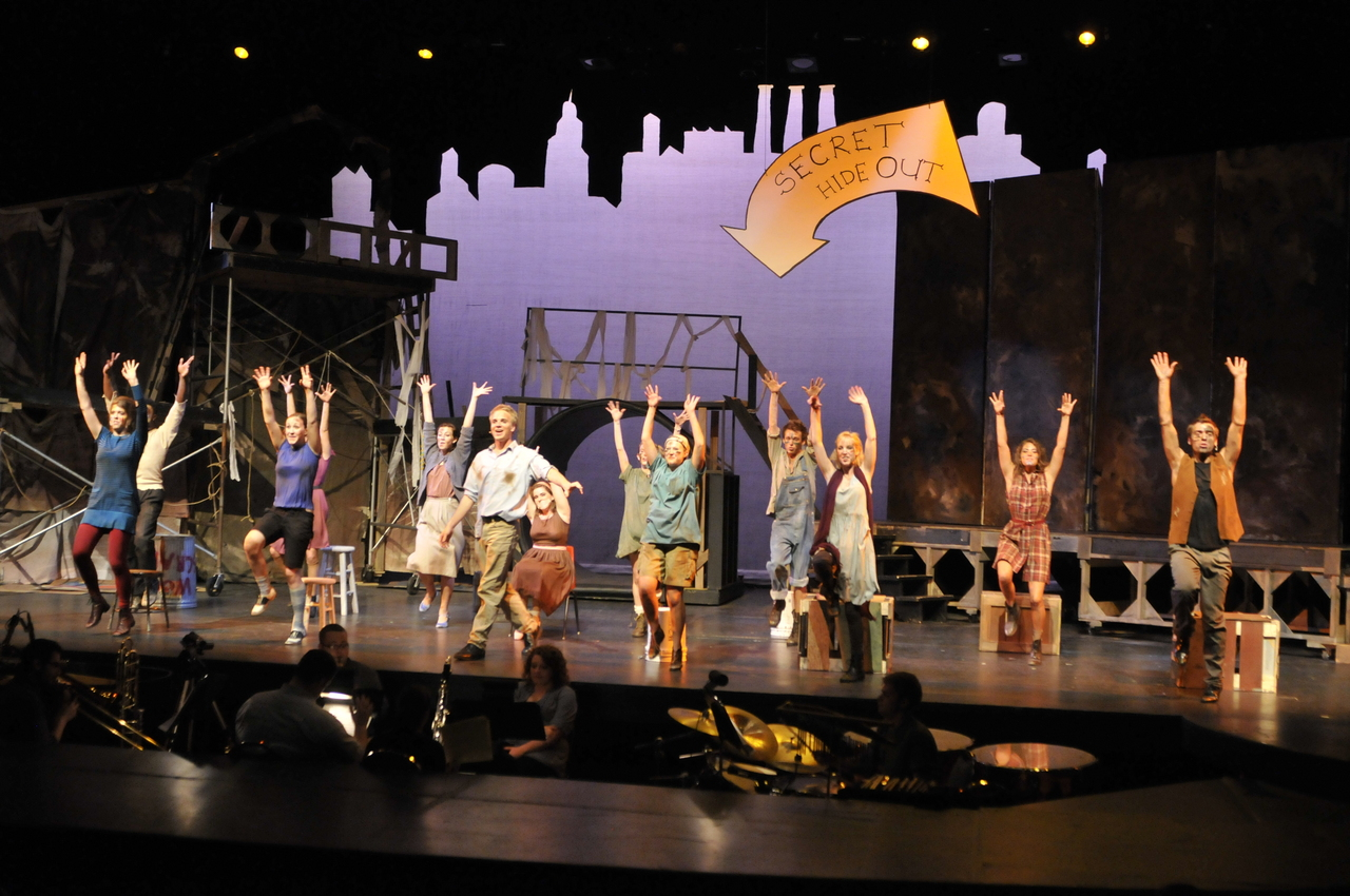 Broadway Theatre Stage Design